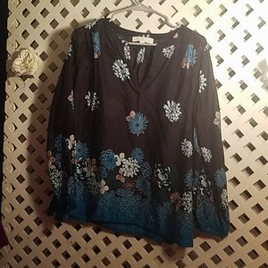 Ann Taylor Loft Ladies Top Size Large
